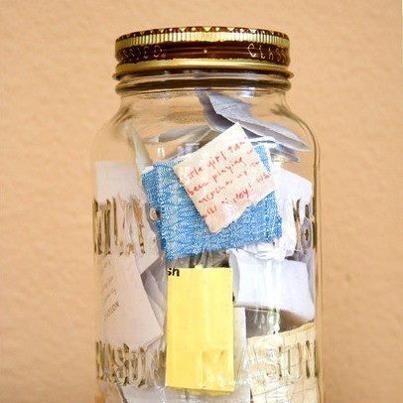 пускаш листче или да си записваш малки или големи успехи и благодарности